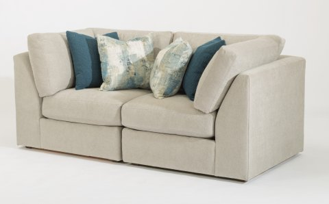 Selina Sectional 7928-SECT shown with 231 & 231 pieces in 311-01