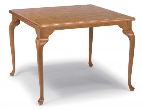 Lynwood Activity Table H5295-05V