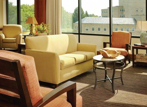 Everly Sofa HA535-30