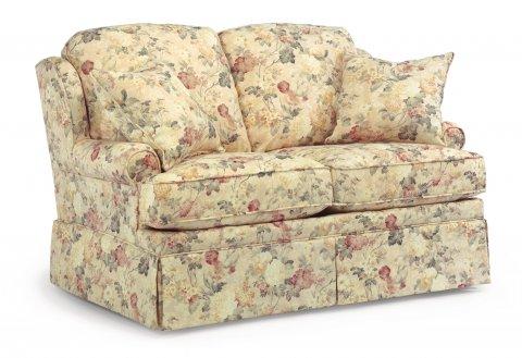 Wondrous Danville Fabric Sofa W Traditional Skirting Flexsteel Uwap Interior Chair Design Uwaporg