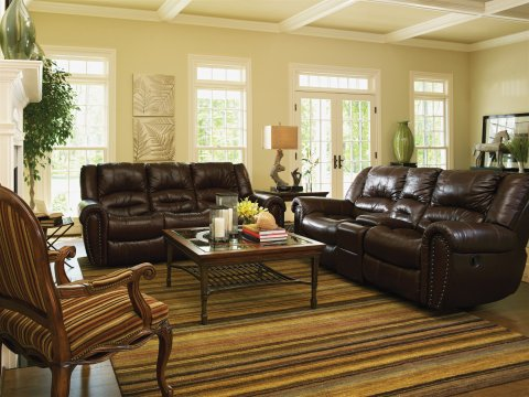 Crosstown Leather Power Reclining Loveseat with Console Lifestyle