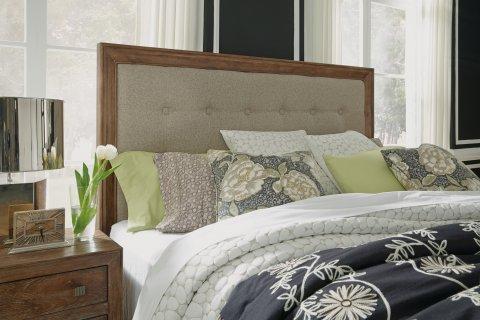 Hampton Queen Upholstered Bed W1048-90Q