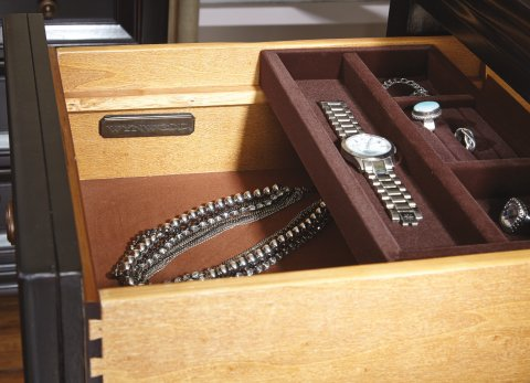 Camberly Media Chest W1909-866